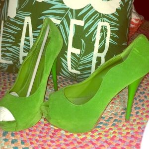 Bright Green Sexy Suede Pumps